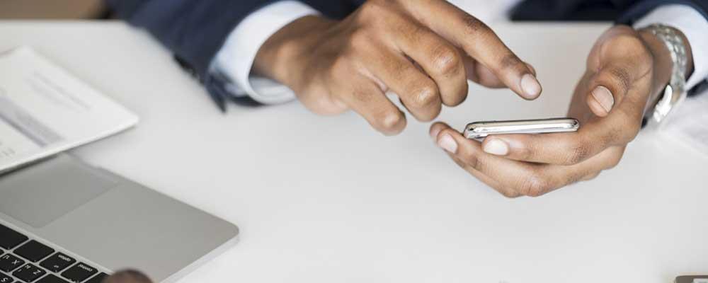 comment devenir conseiller de banque en ligne